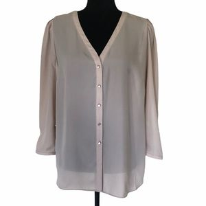NWT Sioni button front nude color blouse